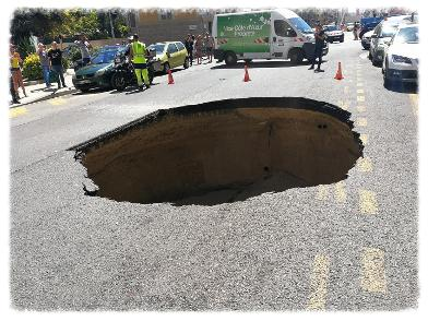 2017-07-05-Nice-un trou de 5 mètres de diamètre se forme en pleine rue
